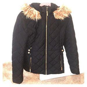 ⭐️⭐️Guess LA Puffer Jacket ⭐️⭐️
